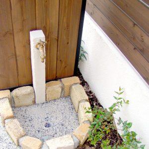 garden_16052002