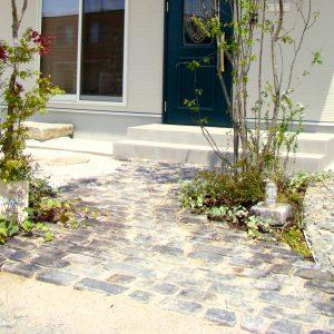 garden_16052004